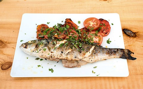 Grilled Seabass with a lemon and oregano